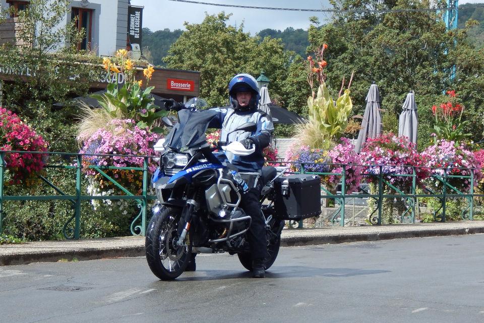 Motorrijbewijspoint Hoofddorp examengarantie AVB en AVD